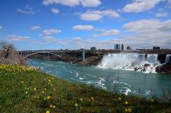 Die Regenbogen-Brücke und der Niagara Fluss Lizenzfreie Stockfotografie
