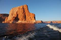 Die Reise durch Boot auf See Powell Lizenzfreies Stockbild