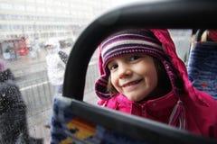 Die Reise eines kleinen Mädchens Stockbild