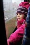 Die Reise eines kleinen Mädchens Lizenzfreie Stockbilder