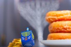 Die religiösen Symbole des jüdischen Feiertags Chanukka lizenzfreies stockbild