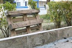 Die Reparatur der Straße Bilder der Reparatur des Fußgängerbürgersteigs Einstellung der Grenze Lizenzfreie Stockbilder