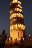 Die Replik des lehnenden Turms von Pisa stockfoto