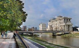Die Republik Mazedonien, Skopje, Freiheits-Brücke stockfoto