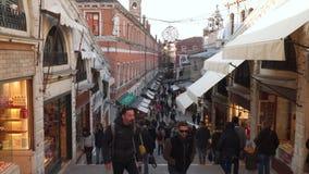 Die Rialto-Brücken-Shops stock video footage