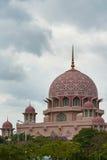 Die rosa Moschee lizenzfreies stockbild