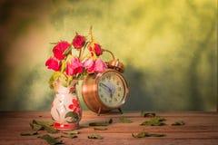 Die Rosen verwelken Liebe verloren Lizenzfreie Stockfotos