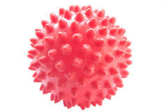 Die rote Kugel mit Spitzen. Lizenzfreies Stockfoto