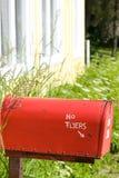 Die rote Mailbox Stockbild