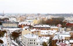Die ruhige Winterlandschaft der alten Stadt lizenzfreie stockfotos