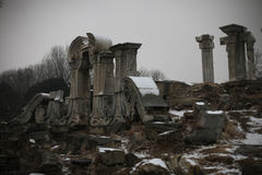 Die Ruinen der europäischen Paläste im alten Summe lizenzfreie stockbilder