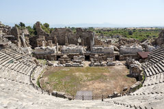 Die Ruinen des alten römischen Amphitheatre in der Seite Stockfoto