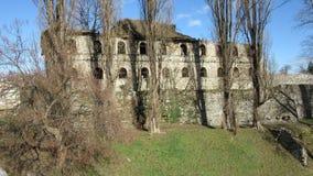 Die Ruinen des alten verlassenen Gebäudes Hauptquartier-Befehls der türkischen Armee ab 1714 Lizenzfreie Stockfotografie