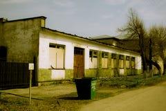 Die Ruinen des eserted Speichers in der russischen Provinz Stockbild