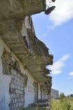 Die Ruinen von Militärkasernen bei getragenem Sulinowo, Polen Lizenzfreie Stockfotos