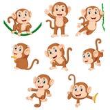 Die Sammlung des Affen, der auf dem grünen Seil mit der unterschiedlichen Aufstellung spielt lizenzfreies stockbild