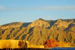 Die Sandia-Berge im New Mexiko lizenzfreie stockfotografie
