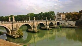 Die Sant'angelo-Brücke Lizenzfreie Stockbilder