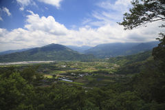 Die schöne Ansicht des Tales im Berg Lizenzfreie Stockbilder