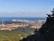 Die schöne Ansicht von der Bergspitze Lizenzfreies Stockbild