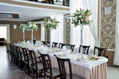 Die schöne Dekoration der festlichen Tabelle für Gäste mit Florida Stockbild