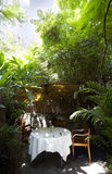 Die schöne Gartengaststätte Lizenzfreie Stockbilder
