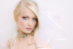 Die schöne junge Blondine Stockfotografie