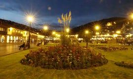 Die schöne Nacht in Cusco-Stadt, Peru stockfoto