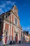 Die schönen Straßen der historischen Stadt von Brügge stockfotos