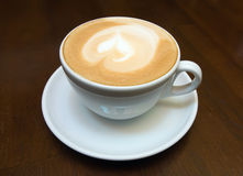 Die Schale des Cappuccinos Stockfoto