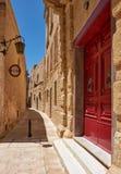Die schmale Straße von Mdina, die alte Hauptstadt von Malta Stockfotografie