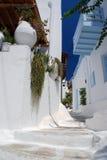 Die schmalen Straßen auf der Insel von Mykonos Stockfoto