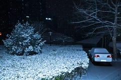Die Schneefälle in der Nacht Stockfotografie
