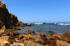 Die schroffe Küste von Kappe Bon stockfotos