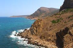 Die schroffe Küste von Kappe Bon, Tunesien lizenzfreie stockfotografie