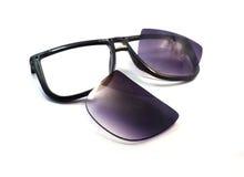 Die schwarze alte Sonnenbrille ist entscheidend Stockfoto