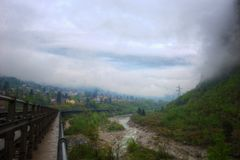 Die Schweiz Alp River stockbilder