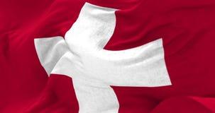 Die Schweiz-Flagge im Wind stock video