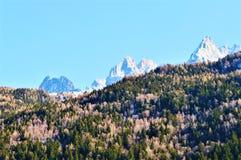 Die Schweiz und schöne Alpen lizenzfreie stockfotografie