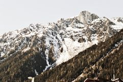 Die Schweiz und schöne Alpengipfel stockfotos