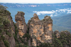 Die Schwester drei eine ikonenhafte Felsformation von blauen Bergen Nationalpark, New South Wales, Australien Lizenzfreie Stockfotografie