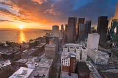 Die Seattle-Skyline von Smith Tower Stockbilder