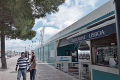 Die Seilbahnstation auf der Küste Tejo - Lissabon Lizenzfreies Stockbild