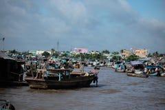Die sich hin- und herbewegenden Märkte in Vietnam der Mekong Lizenzfreie Stockfotografie