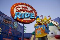 Die Simpsons Fahrt Stockbild