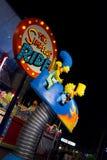 Die Simpsons Fahrt lizenzfreies stockbild