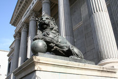 Die Skulptur des Löwes Stockfotos