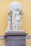 Die Skulptur nahe von Admiralität Lizenzfreies Stockfoto