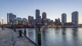 Die Skyline von Boston während des Sonnenuntergangs stock footage