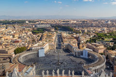 Die Skyline von Rom von St- Peter` s Basilika Lizenzfreies Stockfoto
